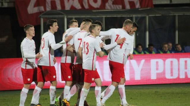 Polska U21, radość po golu, piłkarze